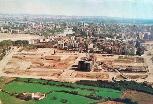 Vista de la zona de Puerta Sancho en el barrio de La Almozara durante principio de los años 80,